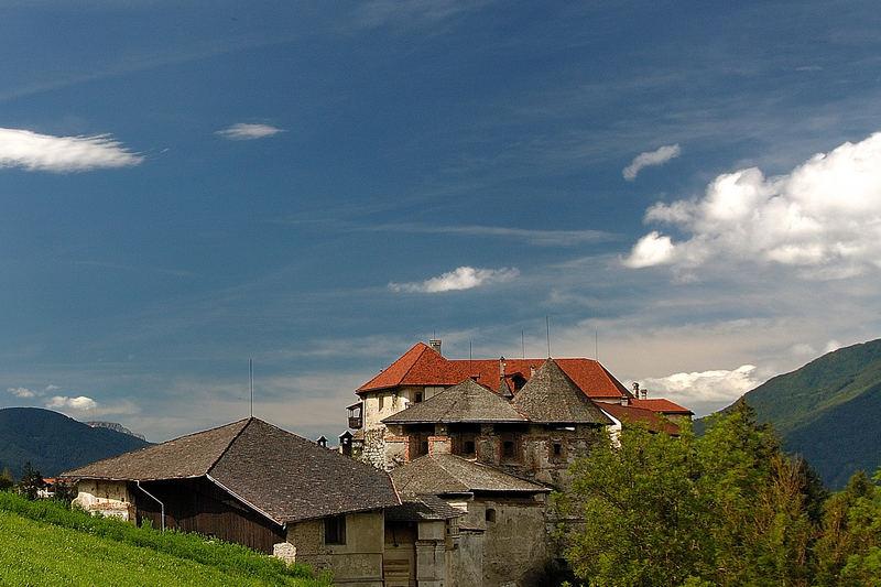 Piccolo castello delle Dolomiti