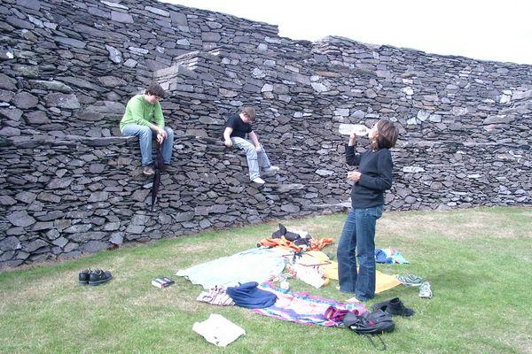 Picknick in der Trockenmauer