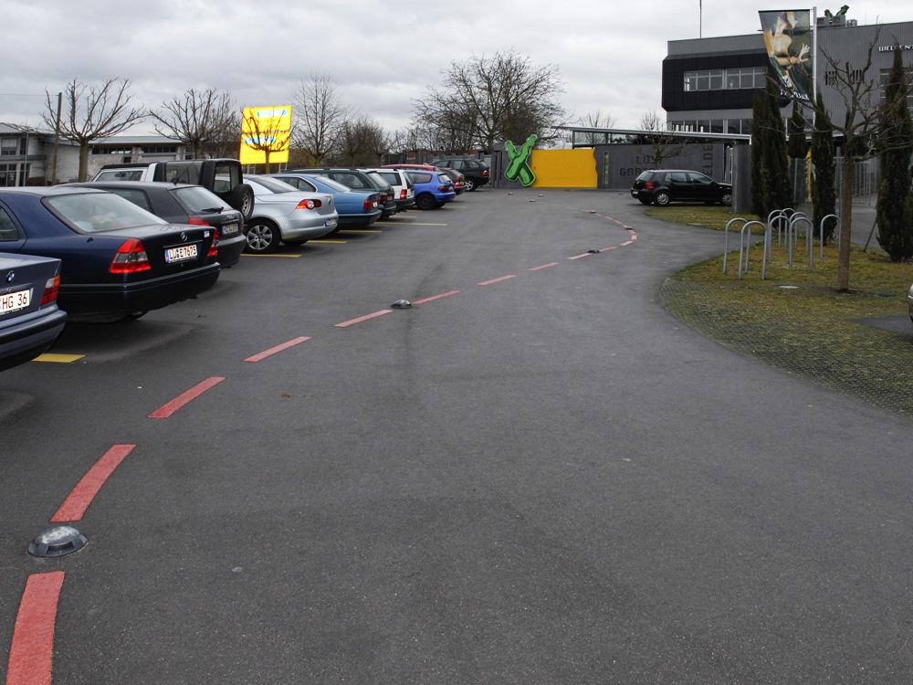 Pictures of a exhibition IV Brauerei Kundendienst : Parkplatzpromilleteststrecke