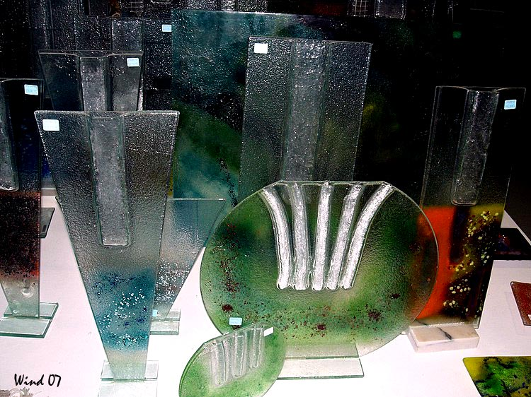 Pieces in glass