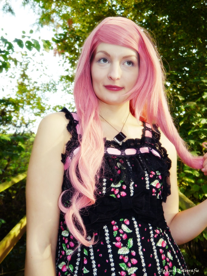 Pink hairlady