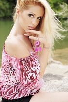 *Pink III*