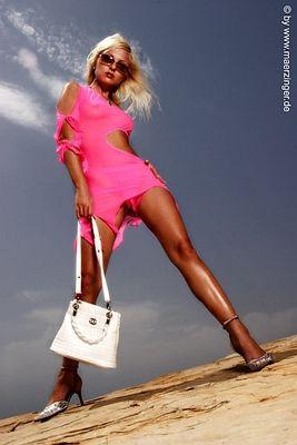 pink shoot *