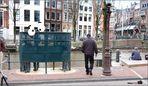 Pinkelbüdchen in Amsterdam oder Männer haben es gut
