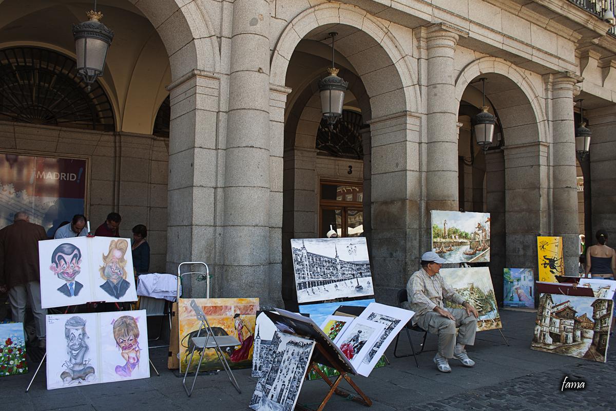 Pintor en la Plaza Mayor de Madrid