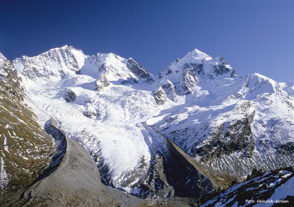 Piz Bernina 4049 müM mit Tschiervagletscher