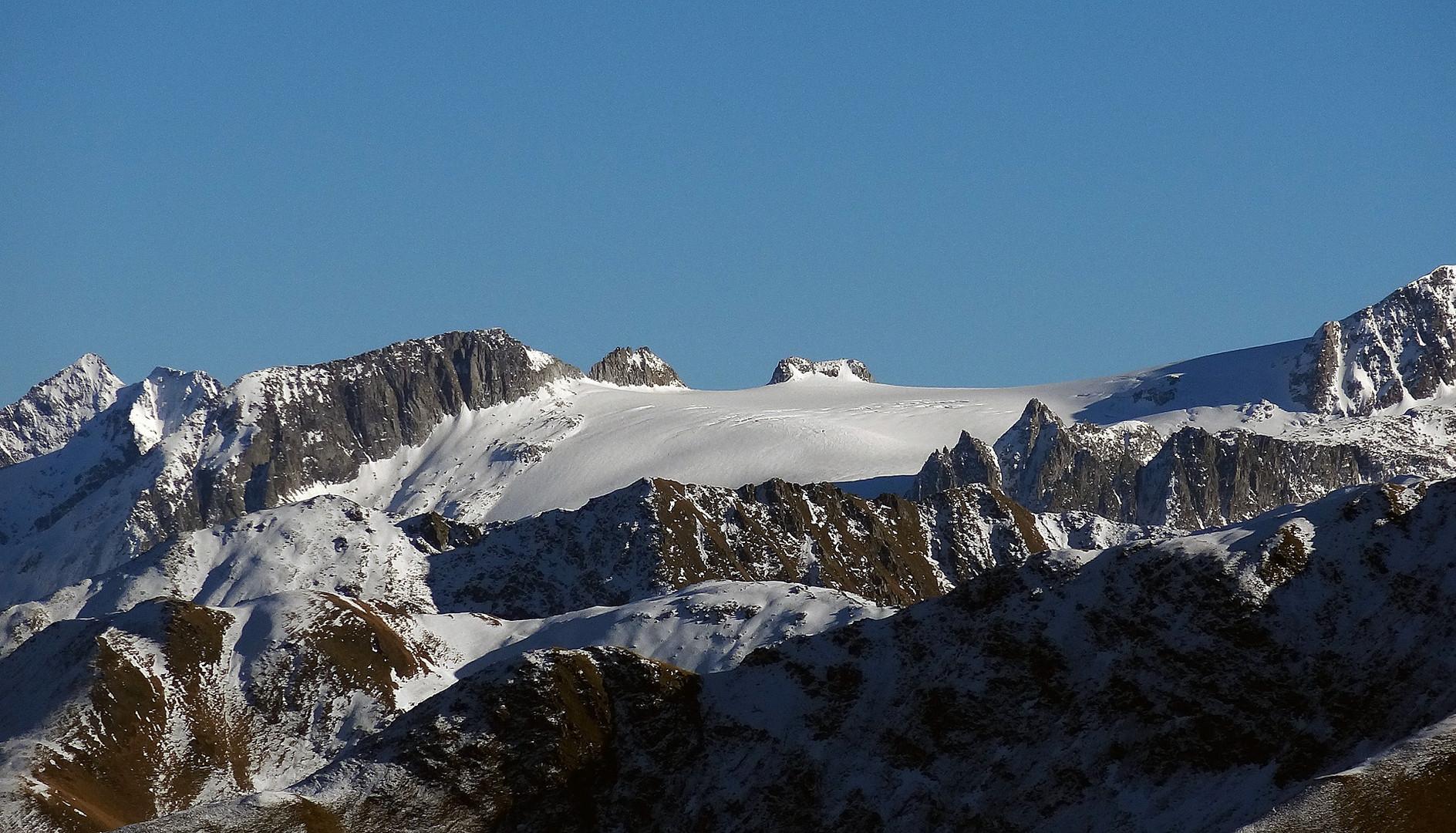 Piz Medel Gletscher