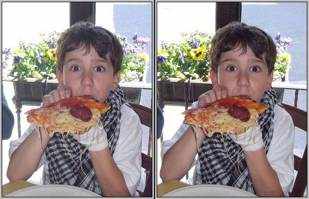 Pizza 3D Kreuzblick