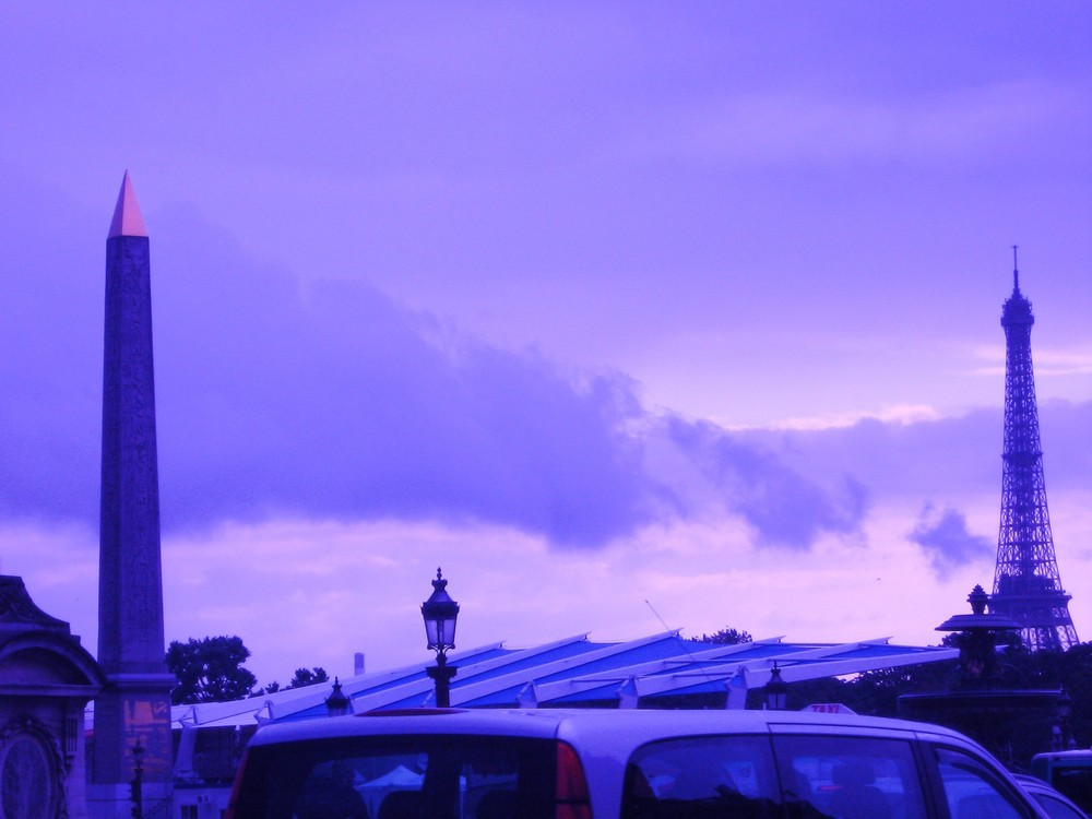 Place de la Concorde et la Tour Eiffel