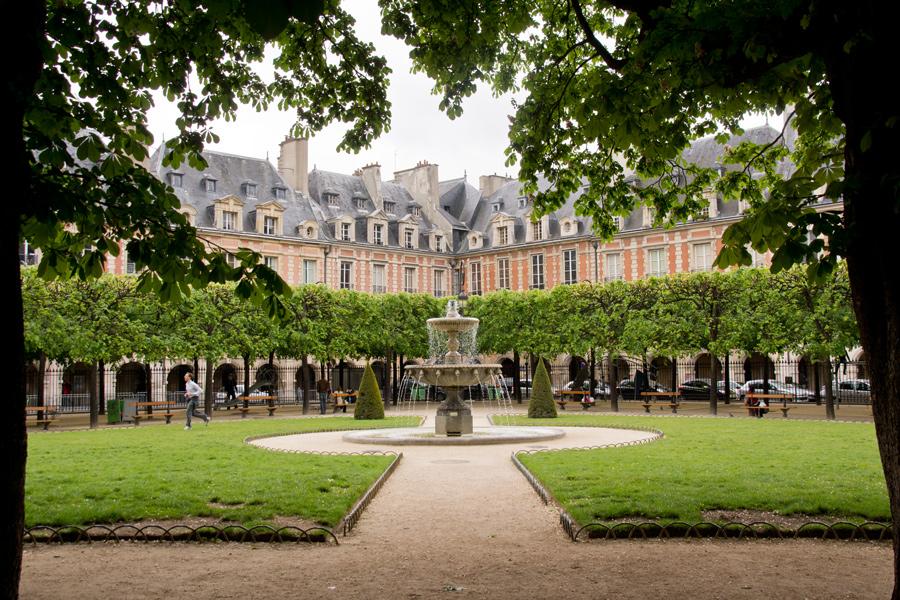 Place de Vosges (2)