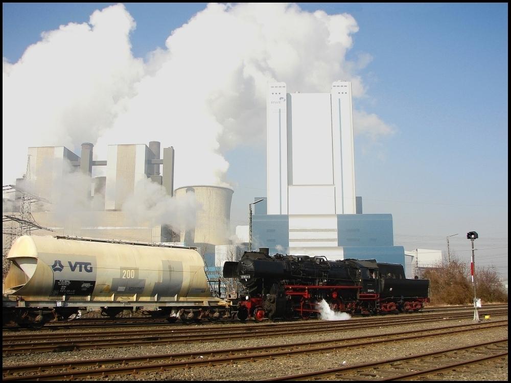 Plandampf im Zeichen des Braunkohlekraftwerks