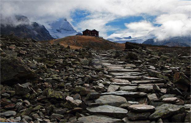 Plattenweg zur Fluhalp 2606 m