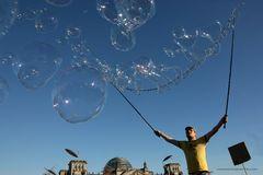 Platzende Finanzblasen