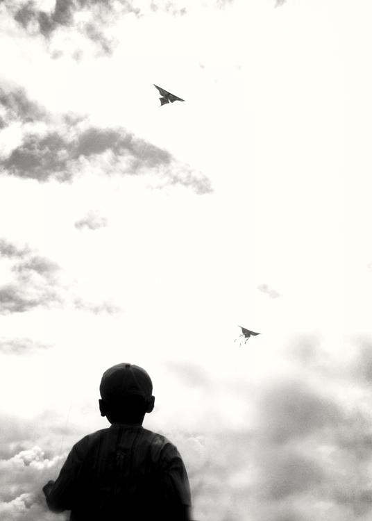Play a kite