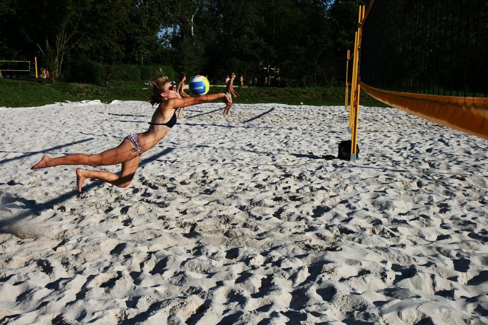 play the beach