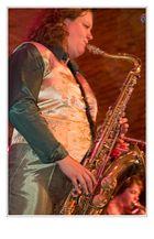 play the sax