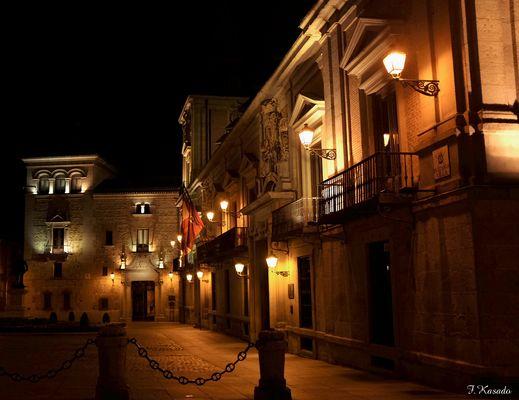 Plaza de la Villa ( a Guillermo Luder)
