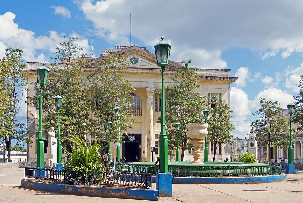 ..Plaza del Ayuntamiento..