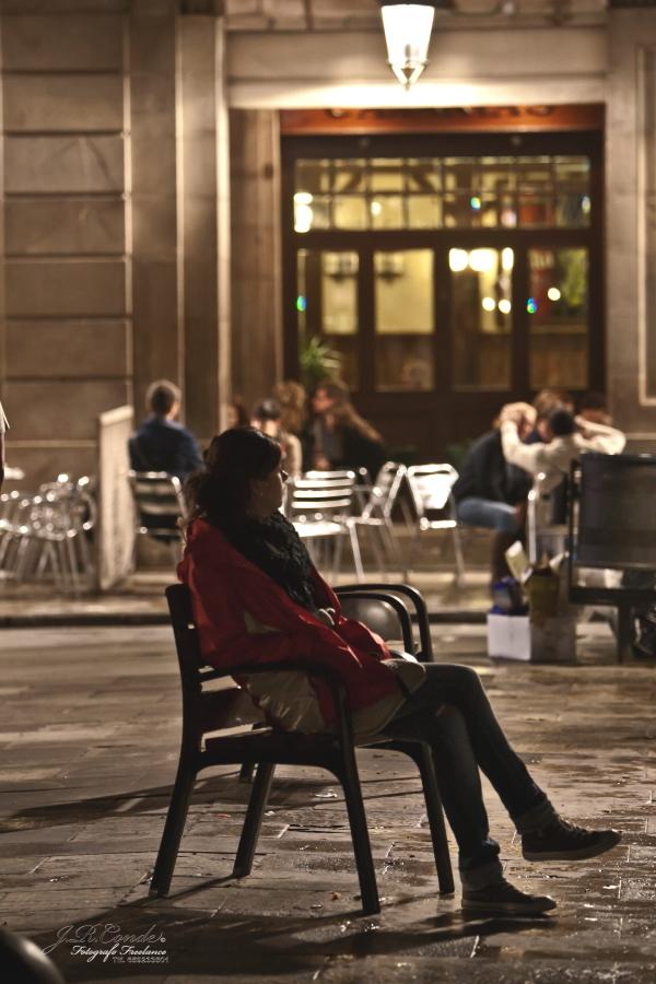 plaza real ,Observando espero.