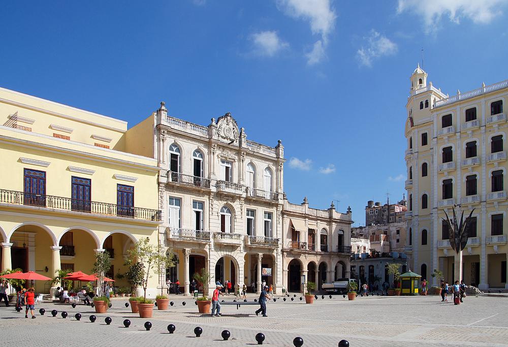 ..Plaza Vieja 1..