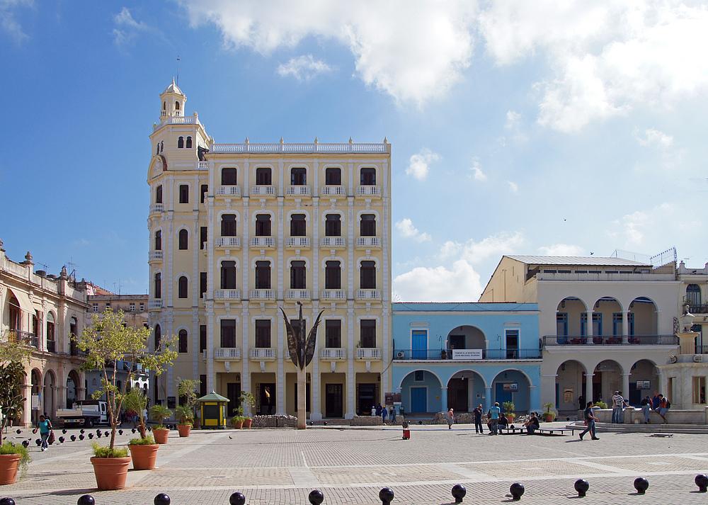 ..Plaza Vieja 3..