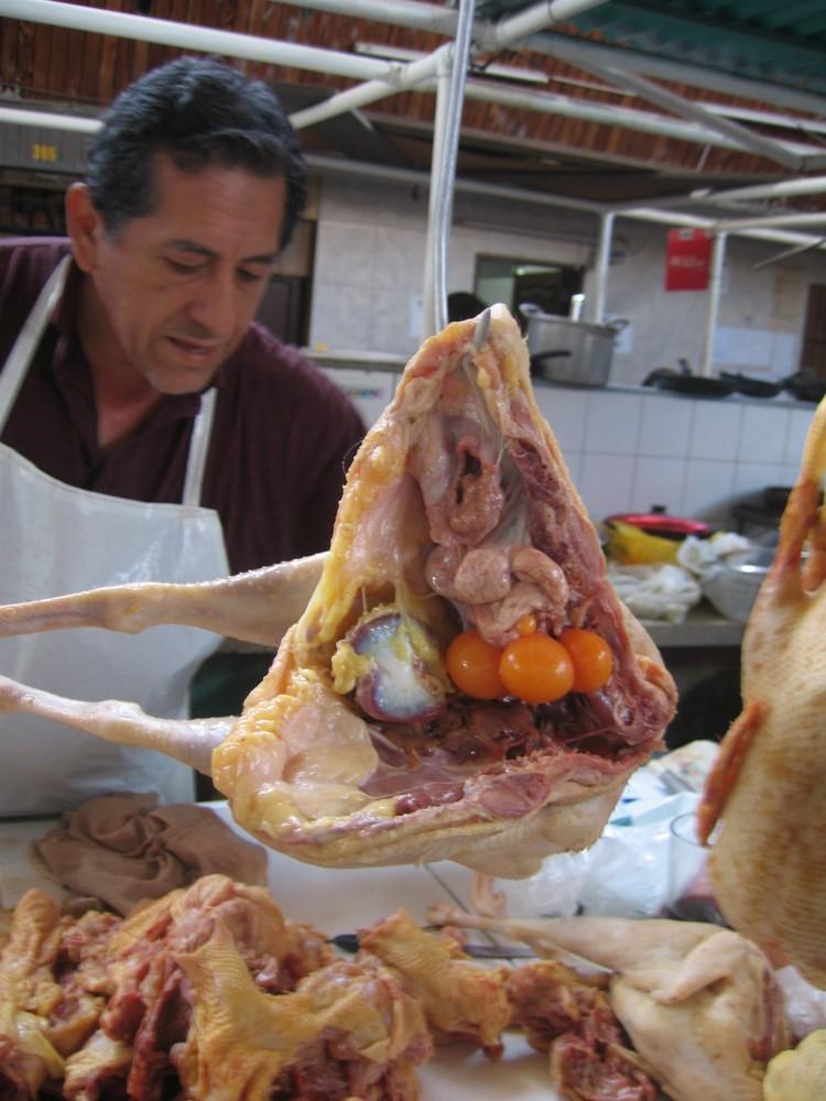 pobre gallina - Markt in Trujillo