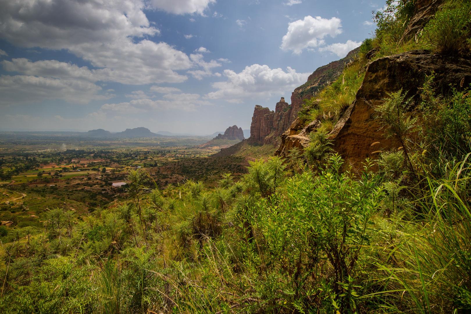 Point de vue sur les montagnes de Gueralta.