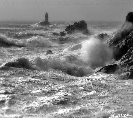 POINTE DU RAZ | PHARE DE LA VIEILLE | Old Lighthouse in Brittany | PART I