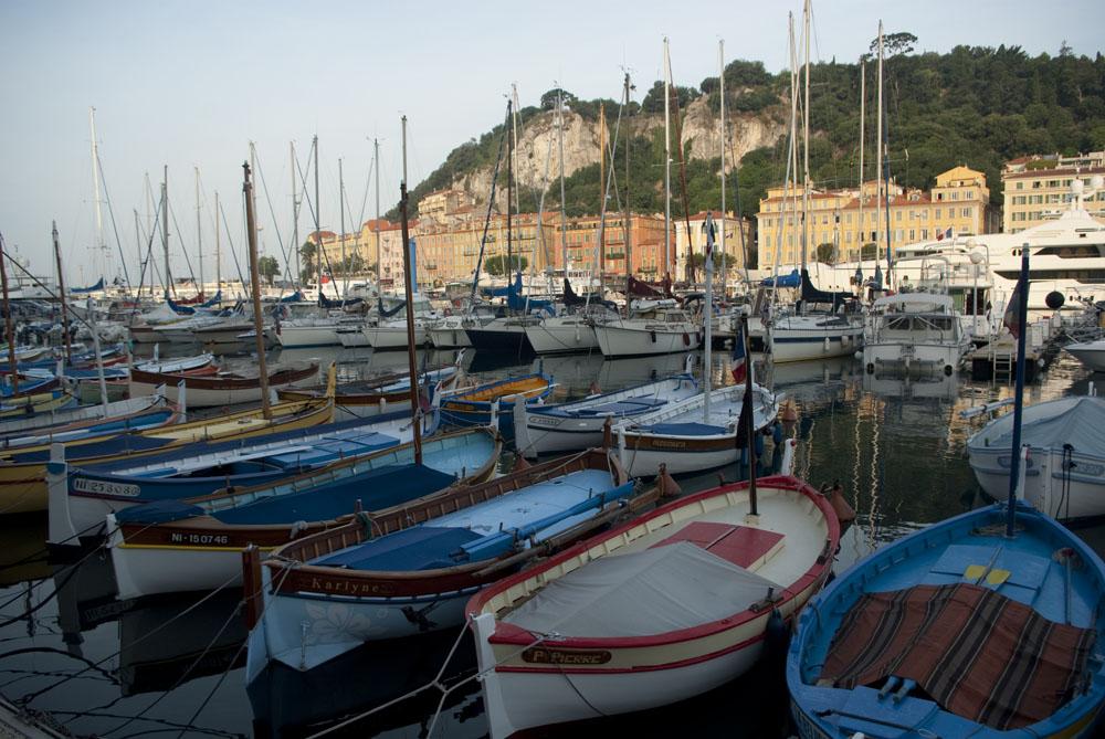 Pointus dans le port de Nice