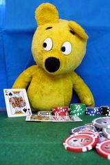Pokerrunde mit dem gelben Bär