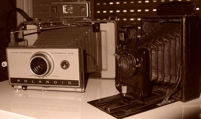 Polaroid et a Plaque