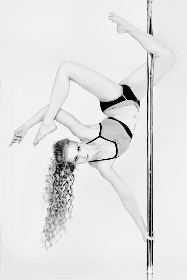 Pole Dance III