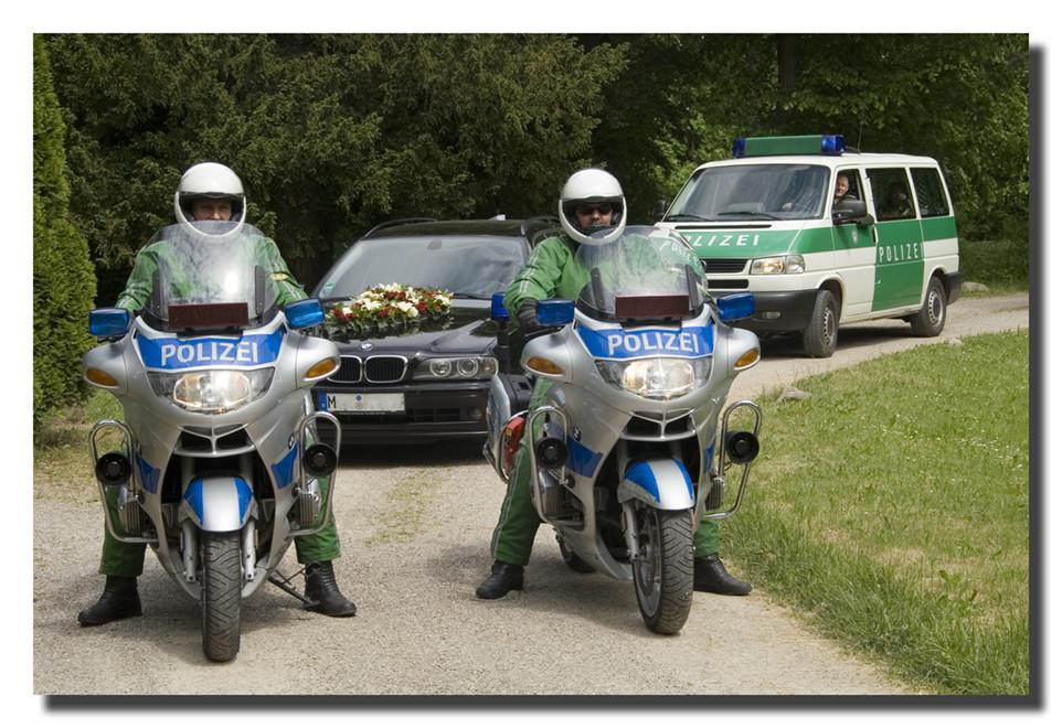 Polizeihochzeit im Mai 08...