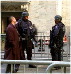 Polizeischutz...