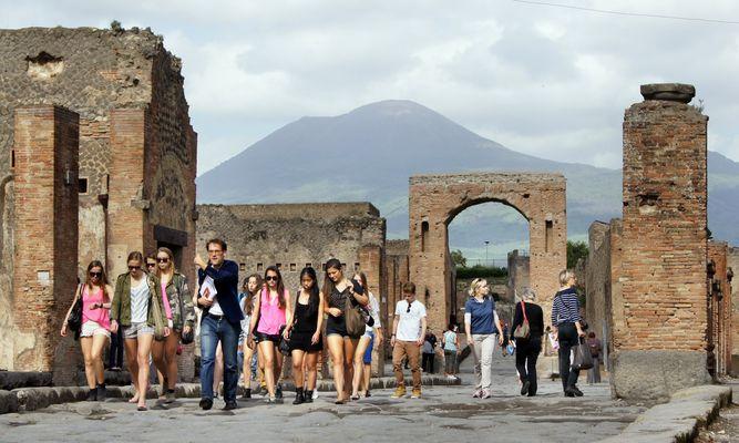 Pompeji am Fuße des Vesuvs