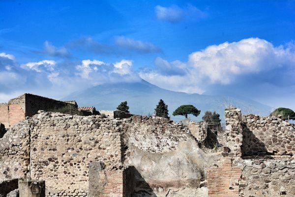 Pompeji - mit Blick auf den Vesuv