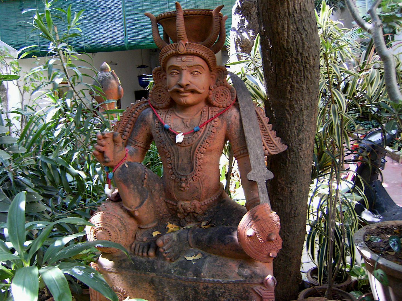 Pondicherry , Dans le jardin du Colonial Héritage Guest House