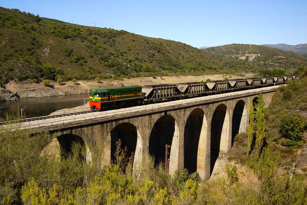 Ponferrada-Villablino railway