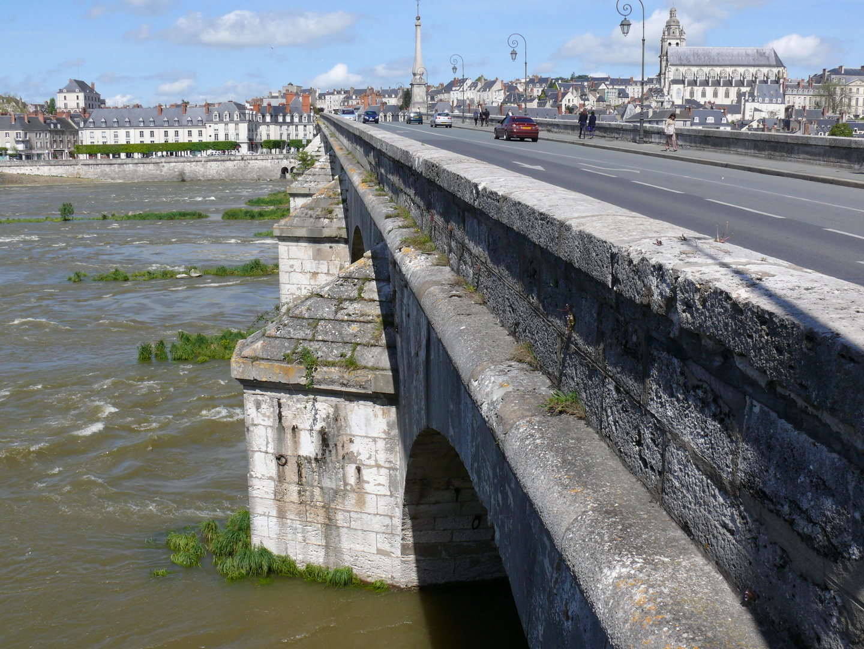 Pont Jacques Gabriel à Blois