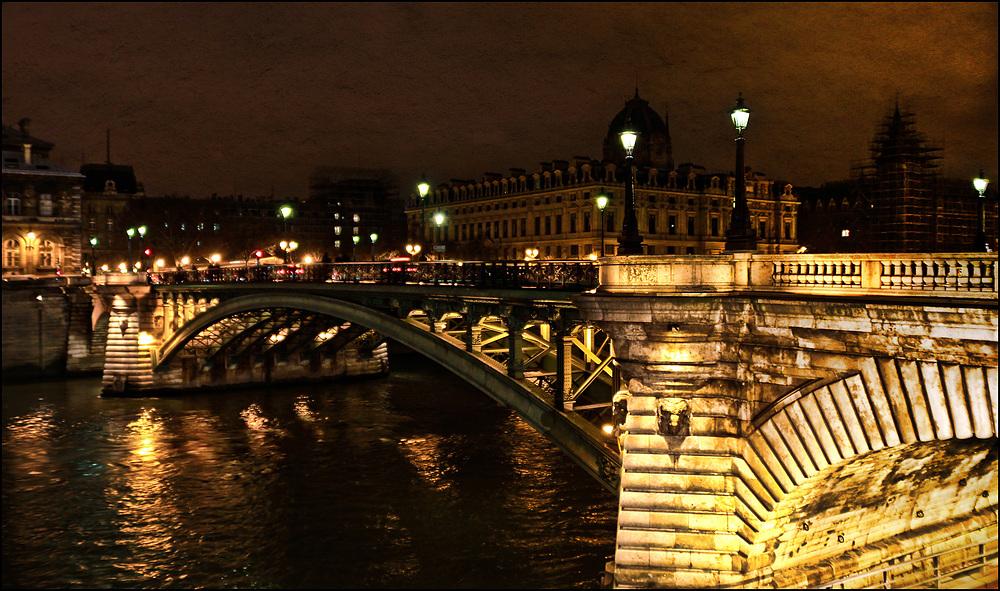 Pont notre Dame .