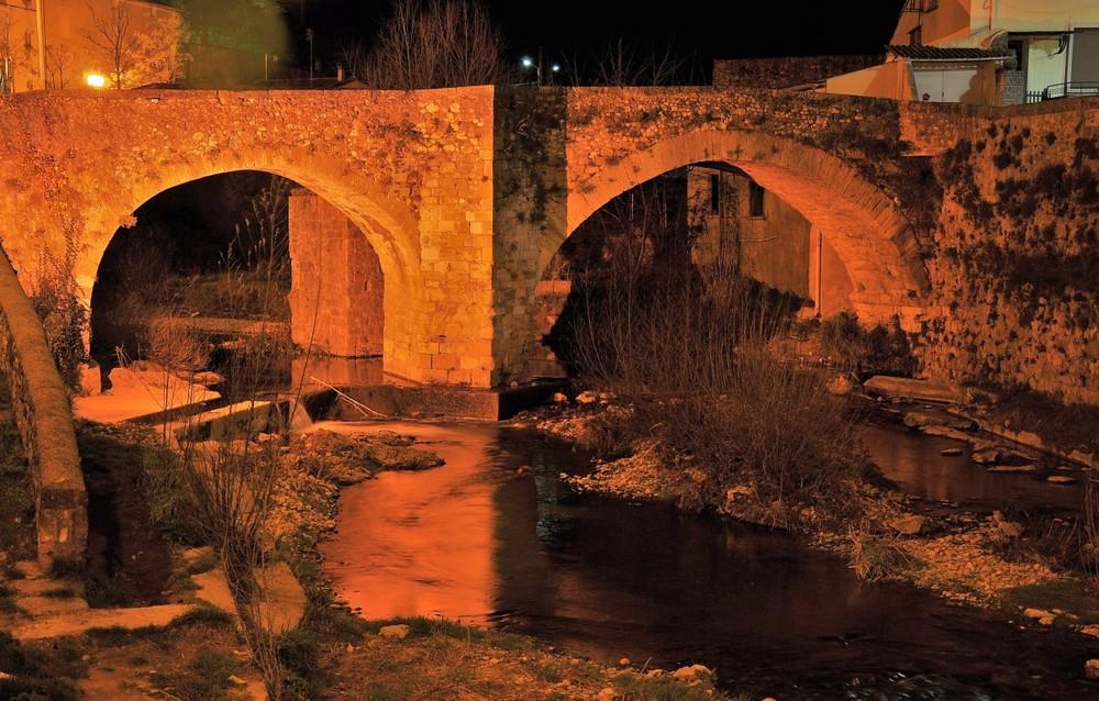 Pont sur la Soulondre le soir