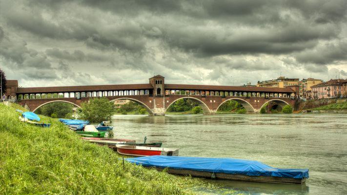 Ponte coperto,Pavia