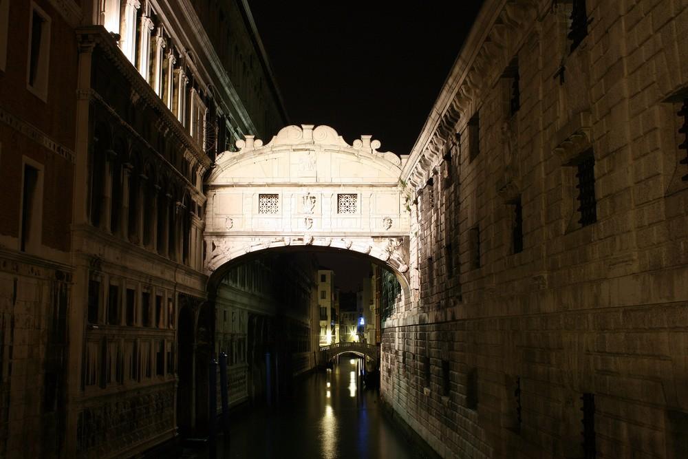 Ponte dei Sospiri (Seufzerbrücke)