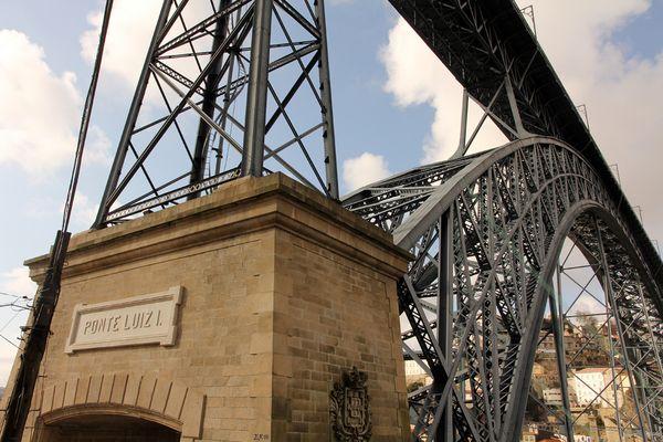 Ponte in Porto