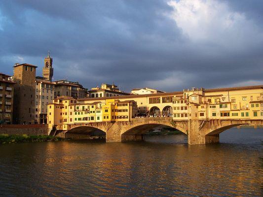 Ponte Vecchio, soleil couchant