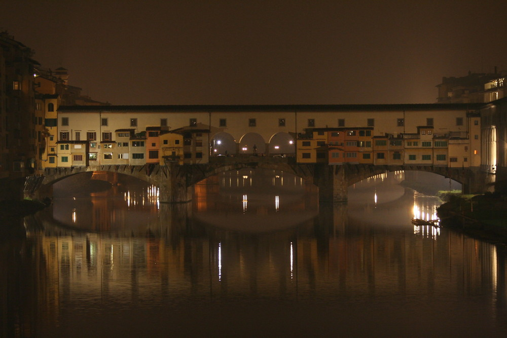 Ponte Vecchio, una sera ...