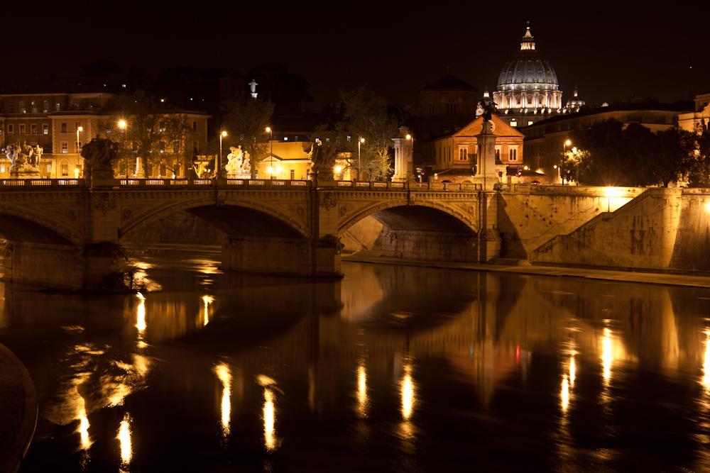 Ponte Vittorio Emanuele II mit San Pietro