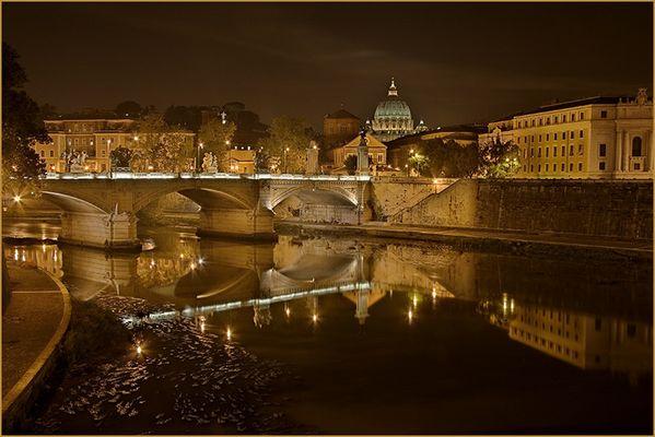 Ponte Vittorio Emanuele mit Petersdom