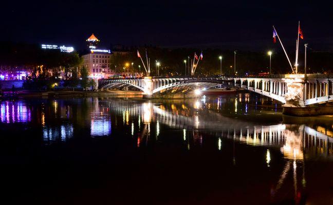 Ponts de lyon de nuit