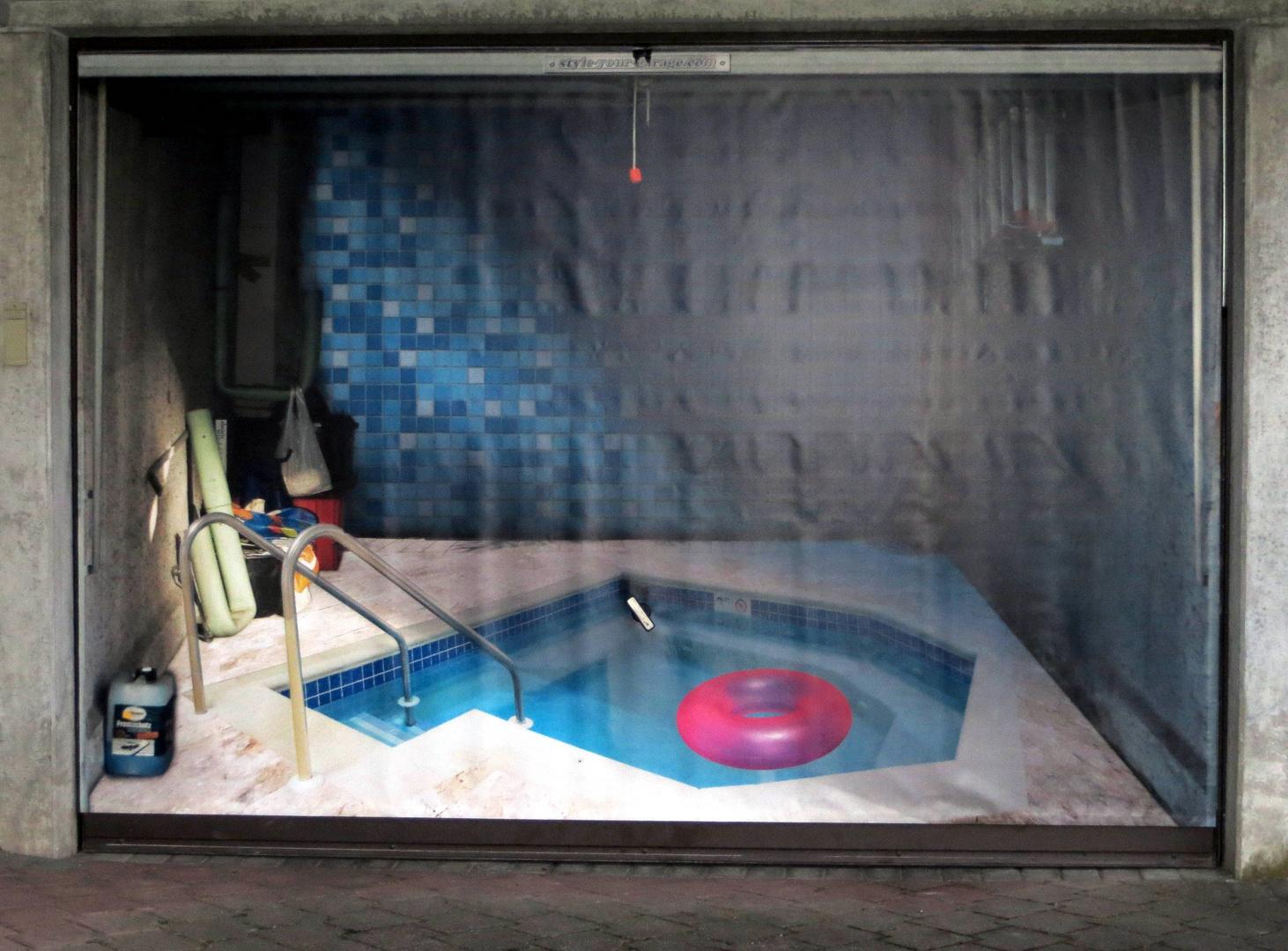 Pool-Garage ...